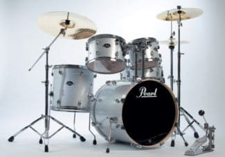 Pearl Export Drums in Weiß