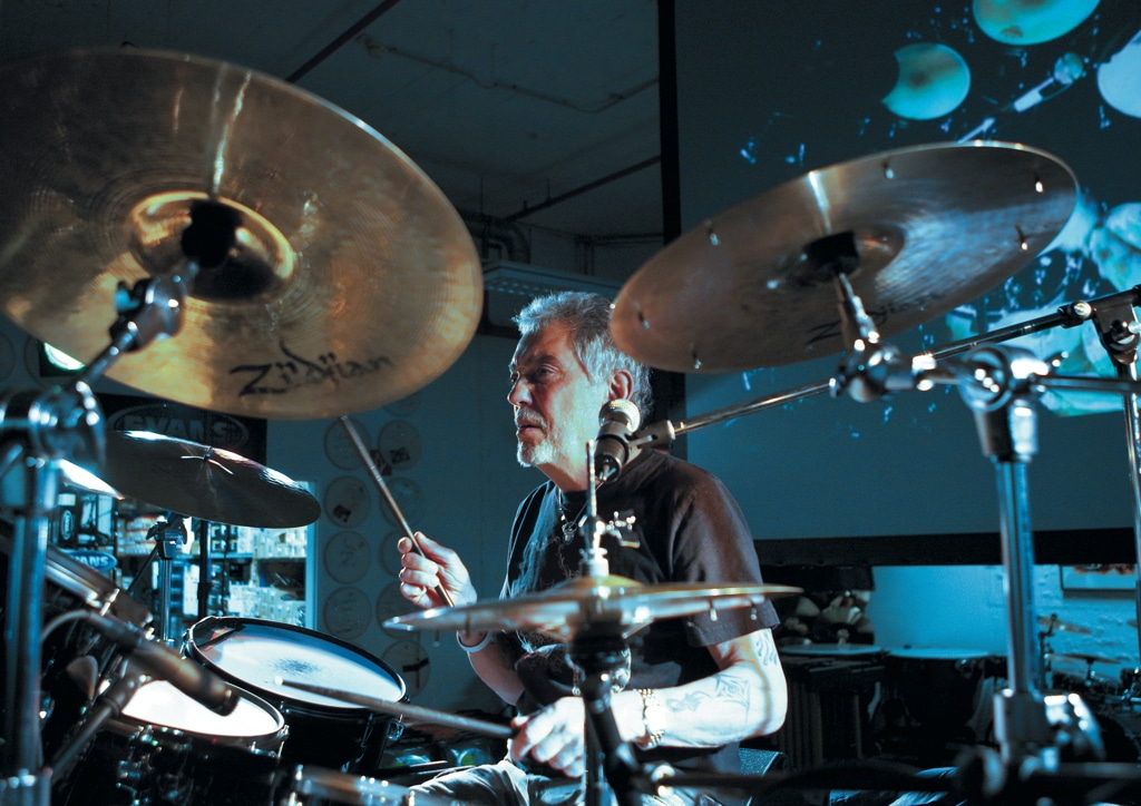 Steve Gadd in action