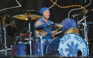 Chad Smith in Blau